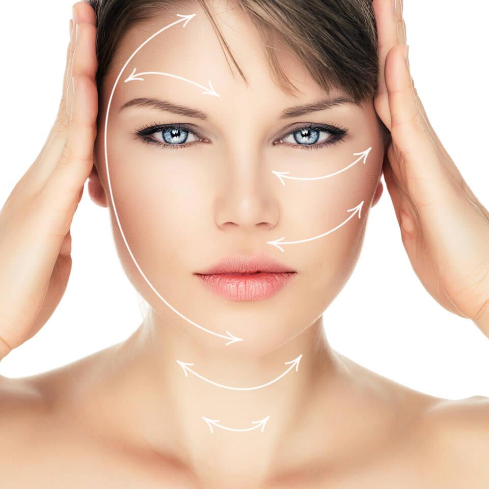 Dermokosmetik: Gesichtsbehandlung. Copyright: Stasique (fotolia #71312584)