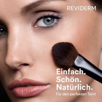 Make-up mit geheimnisvollem Glow-Effekt